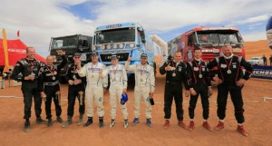 19102013-as_equipas_vencedoras_da_categoria_camio_do_rallye_oilibya_du_maroc_2013
