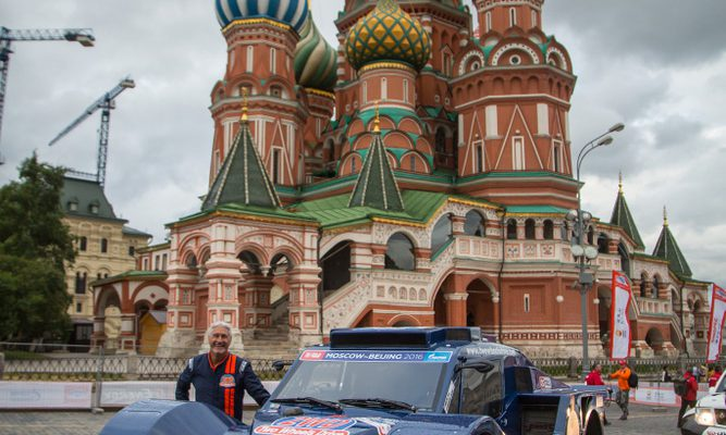 Silk Way Rally: THE SMG 2WD BUGGY READY FOR LONG STAGES