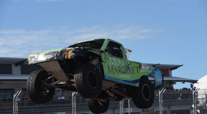 E.J. Viso Claims his first Stadium SUPER Trucks Win of 2016 at Sunday's SST Townsville 400 Finale